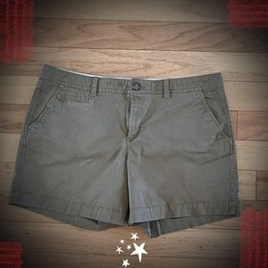 "OLD NAVY PERFECT 5"" SHORTS"